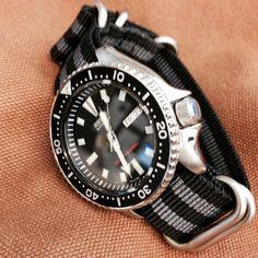 "Zulu strap 5-ring Black and Gray ""James Bond"" (18 mm, 20 mm, 22 mm, 24 mm)"