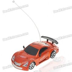 1:32 scale racing car - Super power & extreme speed - Cool Omni-directional operation: left, right, forward & backward control - Display it with the box stand when not using, a cool decoration - Racing car powered by 3*AA batteries (not included) - Controller powered by 2*AA batteries (not included) http://j.mp/1ljU8zR