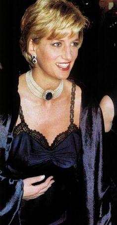 Diana ,The Costume Institute Gala Honors Christian Dior à New York - le 09 Décembre 1996 - Suite