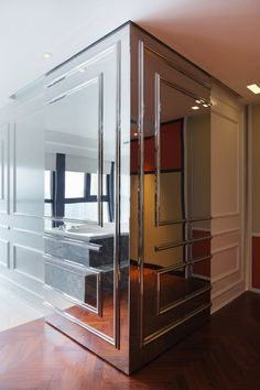 Beijing Fantasy penthouse by Dariel Studio - New Deko Sites Vintage Interior Design, Decor Interior Design, Interior Decorating, Decorating Tips, Furniture Design, Wall Mirrors Entryway, Mirror Walls, Mirror Vanity, Mirror Bedroom