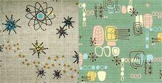 DECORAÇÃO Com os avanços científicos e a busca pelo espaço esses temas passaram a ser associados com modernidade, que começaram a refletir no formatos dos móveis, carros e objetos decorativos. O formato do átomo e moléculas, símbolos da ciência viraram estampas de tecidos, papéis de parede e até objetos domésticos.
