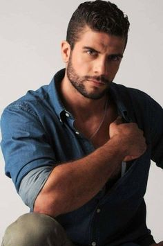 Real Man, Facial Hair, Men's Collection, Sexy Men, Eye Candy, Handsome, Fictional Characters, Smooth, Faces