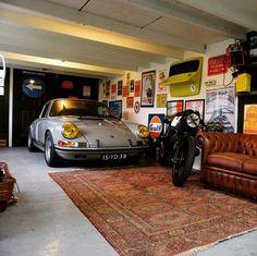Man Cave Garage tips Garage Loft, Garage Studio, Garage Workshop, Car Garage, Garage Walls, Garage Shop, Garage Storage, Man Cave Garage, Man Cave Designs