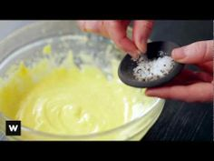 How To Make Bearnaise Sauce - Cheese Recipes, Gourmet Recipes, Bearnaise Sauce, Sandwich Spread, Cheese Bread, Cooking School, Pain, Food Print, Cooking Tips