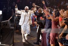Recording artist R. Kelly performs onstage during the Soul Train line finale at the 2015 Soul Train Music Awards at the Orleans Arena on November 2015 in Las Vegas, Nevada. Train Music, Soul Train, Music Awards, Nevada, Las Vegas, November, Celebs, Concert, Artist