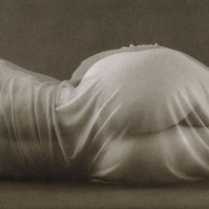 Ruth Bernhard Double Vision, 1973 From Ruth Bernhard: The Eternal Body Figure Photography, History Of Photography, Nude Photography, Fine Art Photography, Inspiring Photography, Best Baby High Chair, Double Vision, Night Pictures, Female Photographers