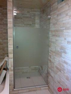 Sklenené sprchové otváracie dvere Tile Floor, Bathtub, Flooring, Bathroom, Standing Bath, Bath Room, Bath Tub, Wood Flooring, Bathrooms