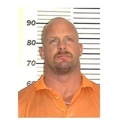 Wrestler Stone Cold Steve Austin (real name: Steve Williams) pleaded no contest in November 2002 to a misdemeanor charge of assaulting his wife during a domestic dispute. Funny Mugshots, Steve Austin, Celebrity Mugshots, Steve Williams, Famous Sports, Stone Cold Steve, Sports Stars, Mug Shots, World History