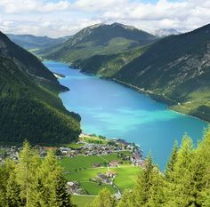 Walking and hiking trails offering great views on the turquoise-blue Achensee