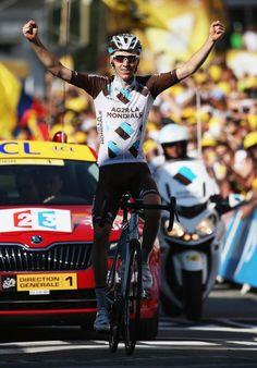 Romain Bardet wins stage 18