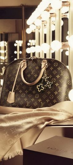 My Obsession: Louis Vuitton Handbags , www.CheapMichaelKorsHandbags louis vuitton handbags louis vuitton for cheap, purses louis vuitton, Lv Handbags, Louis Vuitton Handbags, Louis Vuitton Monogram, Designer Handbags, Handbags Online, Designer Purses, Handbags 2014, Burberry Handbags, Mini Pochette
