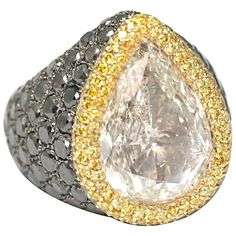 de Grisogono 10.85 Carat Pear-Cut Diamond Gold Ring ($177,545) ❤ liked on Polyvore featuring jewelry, rings, pear shape ring, diamond rings, de grisogono, yellow gold jewelry and de grisogono rings
