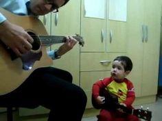 Bebe canta com Pai Don't Let Me Down   The Beatles, por Diogo Mello 1 an...