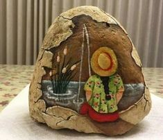 """More rock painting ideas. I'd love to """"TRY"""" the little girl fishing. (Please note: I did NOT make these they are only up here for ideas. Pebble Painting, Pebble Art, Stone Painting, Diy Painting, Stone Crafts, Rock Crafts, Art Rupestre, Art Pierre, Art Sur Toile"""