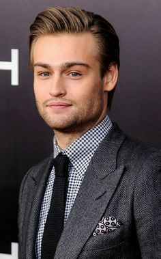 Douglas Booth, Noah New York Premiere, 26th March