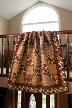 i love this quilt. Old Soul as seen in Primitive Quilts and Projects magazine . a wonderful quilt site! Primitive Quilts, Primitive Crafts, Scrappy Quilts, Baby Quilts, Quilting Projects, Quilting Designs, Country Quilts, Western Quilts, Quilt Display