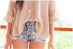 I love the long shirt tucked in to these ripped shorts! Colors are perfect too!