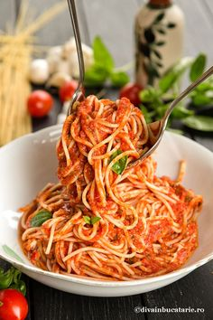 Pasta, Carne, Spaghetti, Food And Drink, Yummy Food, Lunch, Vegan, Dinner, Cooking
