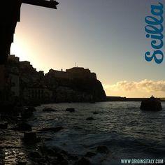 Sunset in Scilla, Calabria, Italy. #tramonto #sunset #scilla #calabria #italy #italia #reggio #reggiocalabria #panorama #photooftheday #sun #sky #coastline #coast #europe #genealogy #familyhistory #clouds #architecture #history #architecture #heritage #travel #instaitalia #instacalabria #calabrese #beach #instatravel #italian
