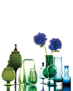 I love the colors and shapes of these vases...pretty centerpiece!