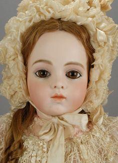 Bébé Bru Jeune 10 Doll