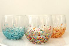 Decorate your ordinary glasses with this colourful design!