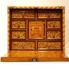 Petit cabinet en marqueterie Augsburg XVIIe siècle