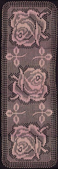 Filet crochet roses