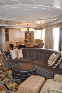 DCL Fantasy Suite living room area