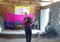 steve preaching in mwanza 2