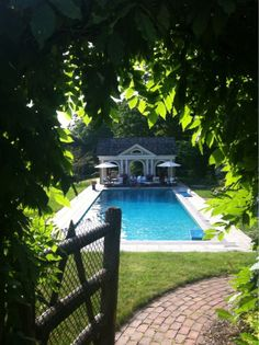 ..What a charming entrance to the pool!