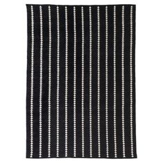 I saw this rug in the store, and it is great! I only wish it came in a larger size. 5x7 isn't going to do it here. Unless I think of different place for a rug. Which I might do. Nate Berkus Arrowhead Accent Rug. Target.