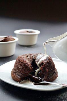 Σουφλέ σοκολάτας - World Baking Day