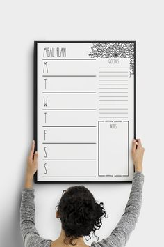 A meal plan board is the best way to keep a fitness routine! Health eating is the easiest path to weight loss! Enjoy this Mandala template to add a menu planner sheet to your housekeeping! We have many printable pdf meal planning and grocery list designs for you! You can create a wall command center, a notepad, anything you want! This home management weekly menu planner will help you create healthy recipes, healthier lunch ideas, health dinner options, a shopping list. Download right now! Family Schedule, Family Planner, Family Meal Planning, Life Planner, Housekeeping Schedule, Weekly Menu Planners, Meal Planner Printable, Planner Sheets, Health Dinner