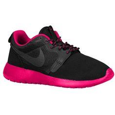 reputable site 9fec3 cf4ce roshes Black Nike Shoes, Nike Shoes Cheap, Red Shoes, Nike Outfits, Shoes