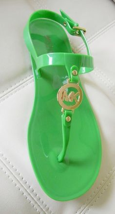bca481e8c77e Buy michael kors green shoes   OFF77% Discounted