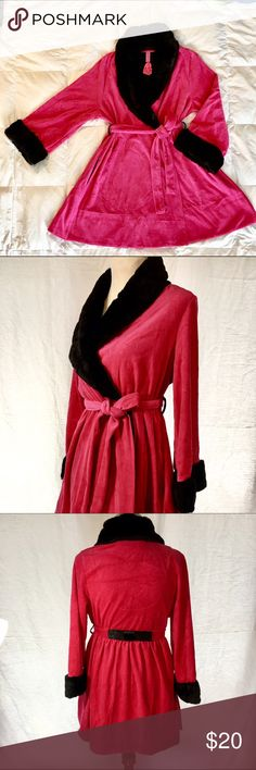 NEW Betsey Johnson Robe Faux Fur Trim Super Soft! NEW With Tags super soft Betsey Johnson hot pink Robe with Faux Fur Trim in size Medium! Betsey Johnson Intimates & Sleepwear Robes