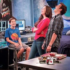 Something is funny on the #Thundermans! Be sure to tune in Saturday's at 9p/8c to find out what it is!!