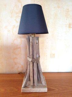 Lampe+en+bois+flotté+par+l'Atelier+de+Corinne+:+Luminaires+par+atelier-de-corinne
