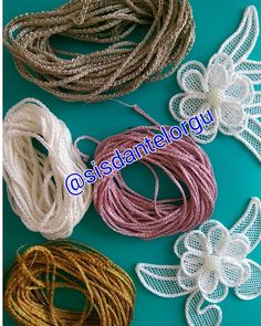 Diy Crafts - Lace,prices-Needle lace saloon set prices-İğne oyası salon takımı fiyatları Needle laces, which are the most preferred of traditional em Fabric Flower Headbands, Fabric Flowers, Burlap Crafts, Diy Crafts, Ribbon Embroidery, Embroidery Designs, Romanian Lace, Point Lace, Beaded Jewelry Patterns