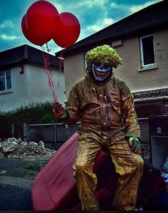 Evil clown by horror_photography