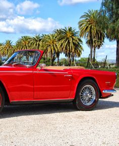 Head out for a Sunday spin in this pristine '68 Triumph