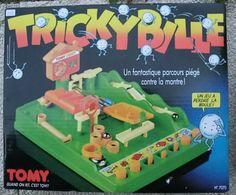 Top des jouets cultes de notre enfance, ceux qui nous manquent quand même un peu - Nostalgia: Why 2018 Was the Year of the Nineties - Rolling . Polly Pocket, 90s Childhood, Childhood Memories, Retro Toys, Vintage Toys, Jem Et Les Hologrammes, Fantasy Board Games, Kawaii Diy, Old School Toys