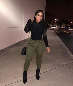 See our straightforward, comfortable & effortlessly stylish Casual Fall Outfit smart ideas. Get encouraged with these weekend-readycasual looks by pinning your most favorite looks. casual fall outfits for teens Fashion Killa, Look Fashion, Autumn Fashion, Curvy Fall Fashion, Black Girl Fashion, Pastel Outfit, Classy Outfits, Stylish Outfits, Vetement Fashion