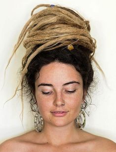 Top 25 Best Looking Dreadlock Hairstyles The word 'dreadlocks' seems to imply that this is one hairstyle to stay far away from. But you don't need to say goodbye to Dreadlocks hairstyles. The top 25 are here to check out Dreadlock Hairstyles, Twist Hairstyles, Latest Hairstyles, Wedding Hairstyles, Black Hairstyles, Natural Dreads, Natural Hair Updo, Natural Hair Styles, White Girl Dreads