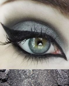 Wishlist: Concrete Minerals Eyeshadow in Ether Corporate Goth, Concrete Minerals, Emo Makeup, Makeup Inspiration, Makeup Ideas, House Of Beauty, Mineral Eyeshadow, Halloween Art, Ethereal