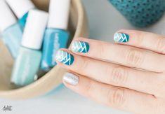 Mermaid braid nail art tutorial http://pshiiit.com/2015/01/02/gradient-braided-nail-art-natte-et-degrade-pour-la-nouvelle-annee/