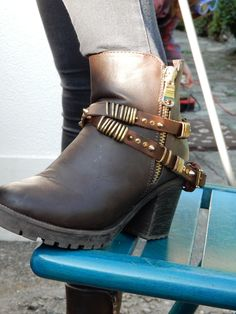 brown leather boot belts..high quality. Made in Italy
