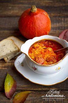 Hokaido dýni omyjeme (používá se i se slupkou), rozpůlíme a vydlabeme… Slovak Recipes, Czech Recipes, Hungarian Recipes, Ethnic Recipes, Pumpkin Recipes, Soup Recipes, Cooking Recipes, Healthy Recipes, Pumpkin Squash