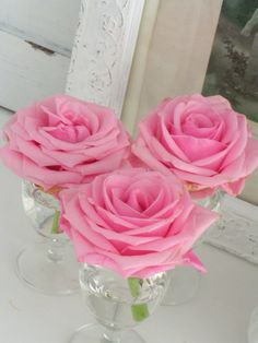 Clear soft pink roses, simple display very effective